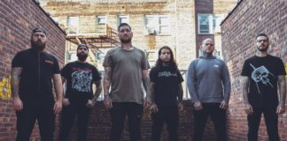 "Fit For An Autopsy:""The Sea Of Tragic Beasts"" nei negozi!"