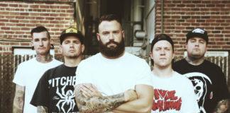 "Lionheart: il nuovo singolo ""Rock Bottom"""