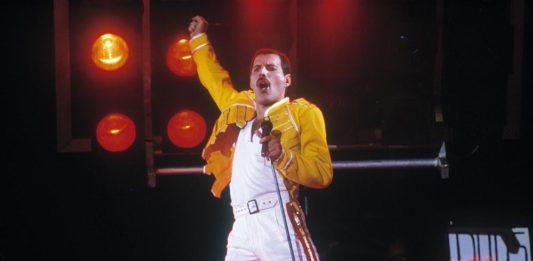 Freddie Mercury: il cantante moriva 28 anni fa