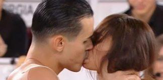 Valentin bacio ad Amici