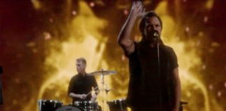 "Pearl Jam: online il video di ""Dance of the Clairvoyants"""