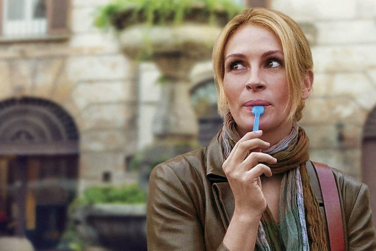Julia Roberts a Roma, si gusta un gelato in una scena del film Mangia Prega Ama. 2010.