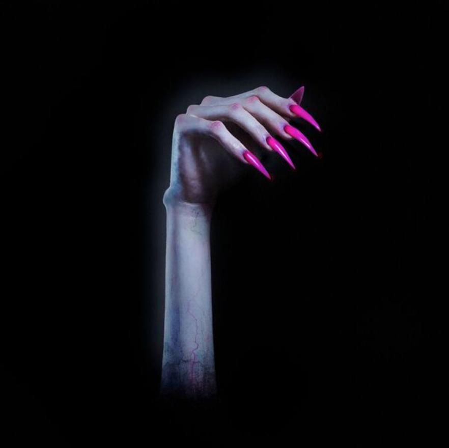 Per un Halloween in musica. Turn off the lights di Kim Petras
