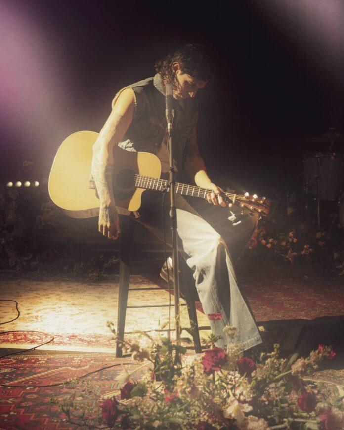 Achille Lauro omaggia i Nirvana