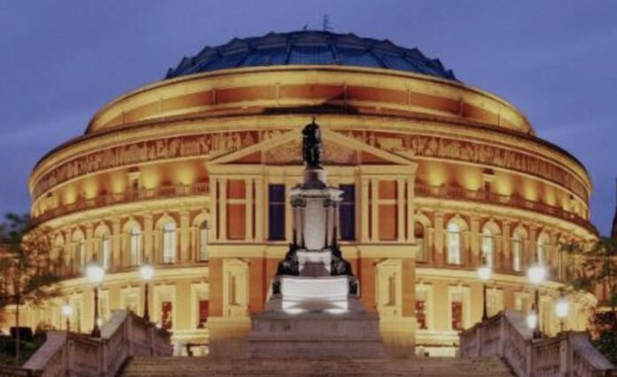 Royal Albert Hall (articolo di Loredana Carena)